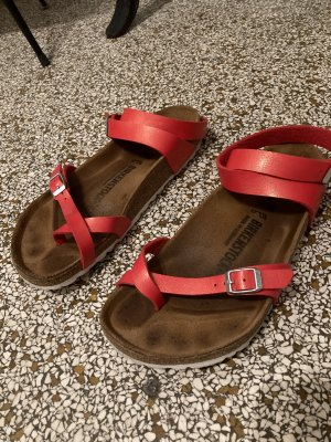 Birkenstock Sandales confort rouge brique