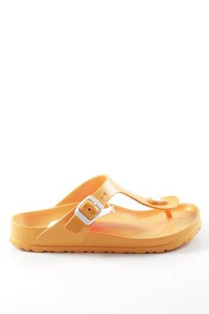 Birkenstock Sandalias de playa naranja claro look casual