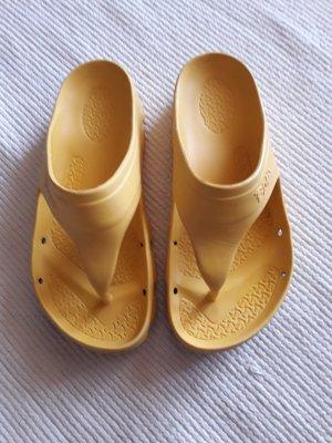 Birkenstock Toe-Post sandals gold-colored-gold orange