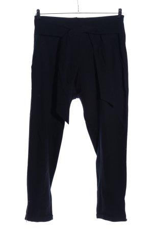 Spodnie karoty czarny W stylu casual