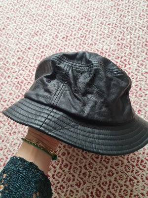 Yupoong Bucket Hat black