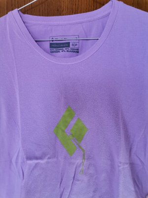 Black Diamond T-Shirt pink