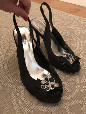 Black peeptoe pumps fashion dinner goinigout