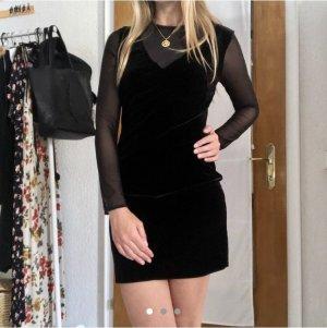Black velvet dress from MANGO