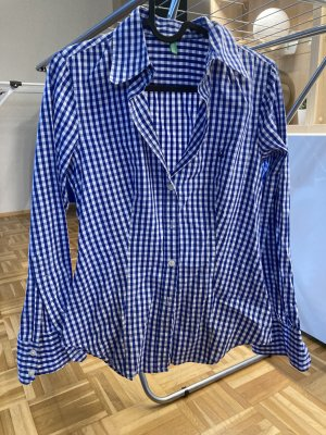 Blau kartierte Bluse