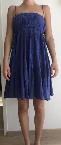 Blau-lila Sommerkleid von Zara