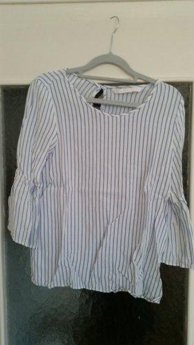 Blau und weiß gestreifte Bluse von Zara Trafaluc.