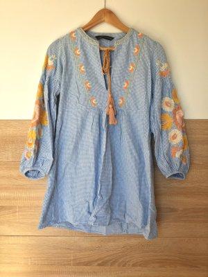 Blau weiß Blumen Stickerei Kleid von Zara, Gr. XS
