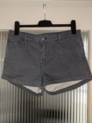 Blau weiß gestreifte Sommer Shorts