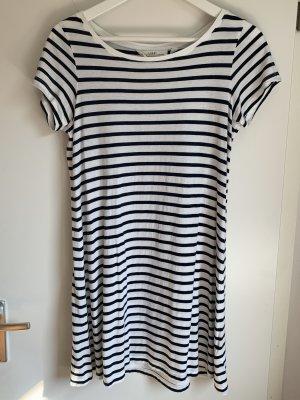 Blau-Weiß gestreiftes T-Shirt-Kleid