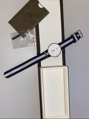 Daniel Wellington Self-Winding Watch white-dark blue