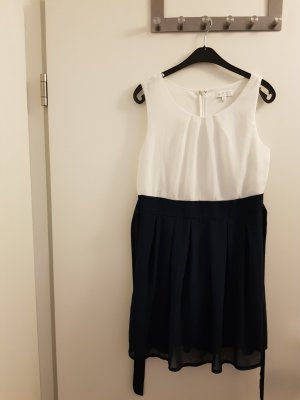Apricot Shortsleeve Dress white-blue