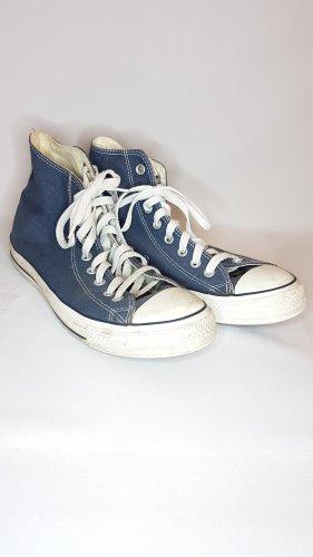 Blaue Converse Chucks