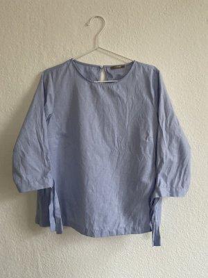 Blaue Hemdbluse