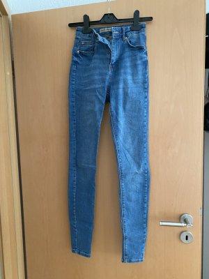Blaue High Waist Jeans