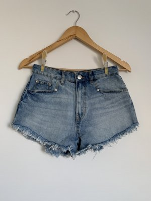 Blaue High Waiste Denim Shorts mit Fransen Pull&Bear S