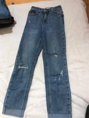 blaue Highwaist-Jeans