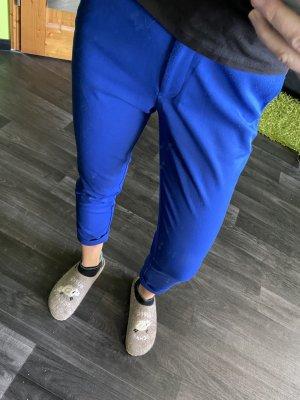 Blaue Hose