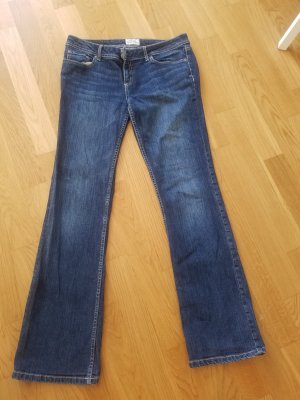 Blaue Jeans von Aeropostale (US 10 = 38)