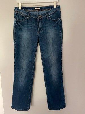 Blaue Jeans von Wrangler - Sara, W 31 / L 30