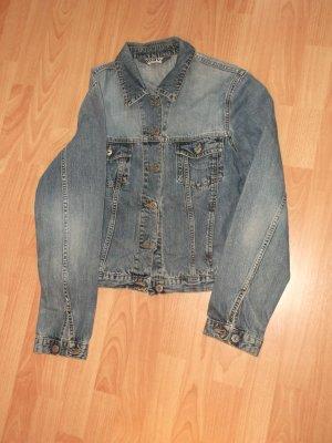 Blaue Jeansjacke von Mavi