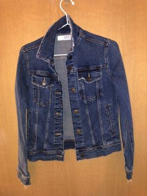 Blaue Jeansjacke Zara