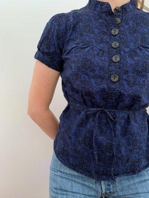 Blaue Kurzarm-Bluse