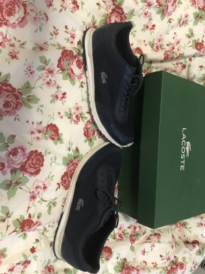 blaue Lacoste Schuhe mit original Karton