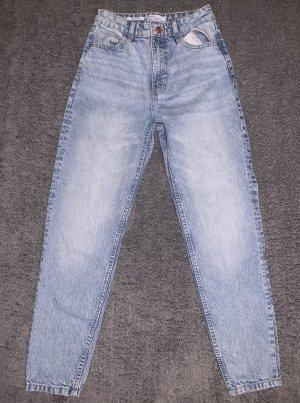 blaue Mom Jeans Bershka
