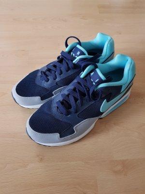blaue Nike Air Max Turnschuhe