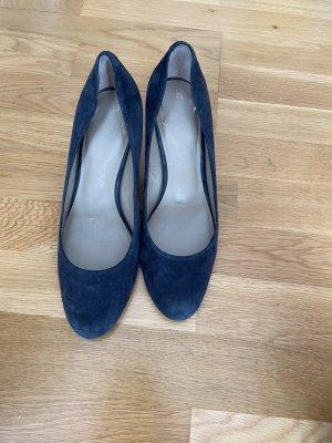 Blaue Nubukleder Stilettos