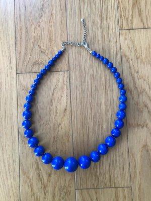 Collar de perlas azul