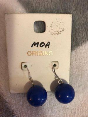 Orecchino di perle blu
