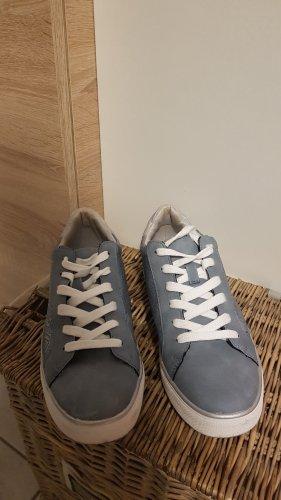 blaue Sneaker mit Spitzenbesatz Größe 40