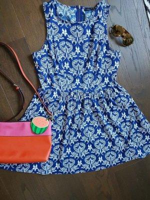 Blaue Sommer Kleid