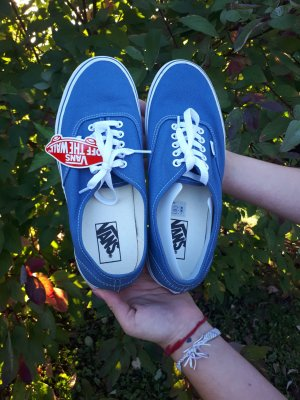Blaue Vans Authentic