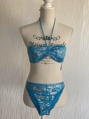 Blauer Bikini
