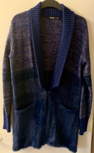 Blauer Cardigan