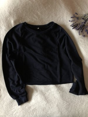 Blauer cropped Pullover