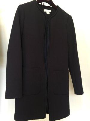 Blauer Mantel aus festem Stoff in Wabenoptik