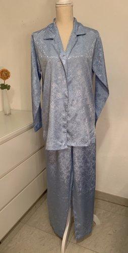 Blauer Schlafanzug / Pyjama