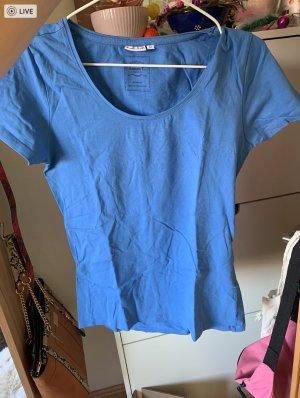 blaues Basic-Shirt T-shirt Laura T.