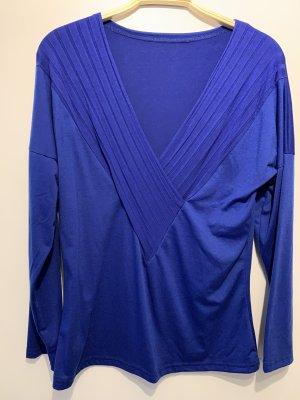 V-Neck Shirt blue