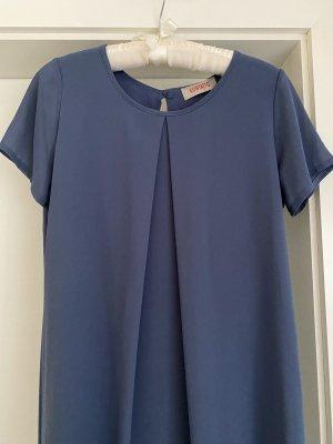 Blaues Kleid von Kontatto
