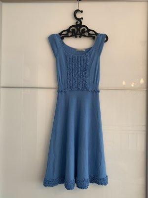 Blaues Kleid von Stefanel
