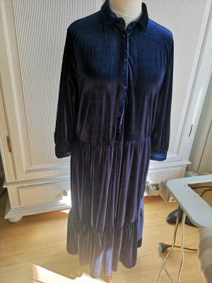 Blaues Kleid von Zara