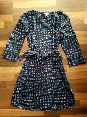 Blaues Langarm Kleid mit Punkten