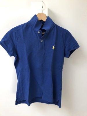 Blaues Poloshirt