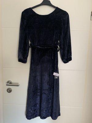Blaues Samt Kleid neu
