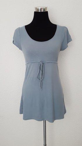 Blaues-Shirt
